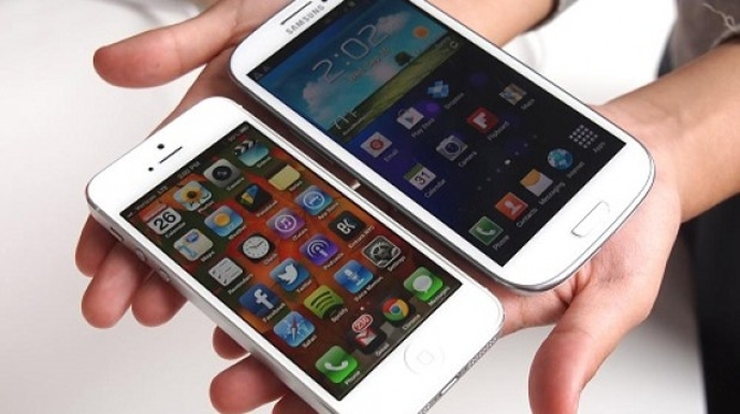 iphone-5-vs-galaxy-s4-619x346