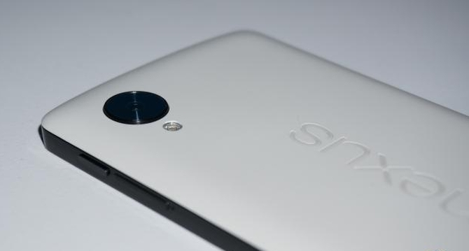 43835_02_google-launch-two-new-nexus-smartphones-made-lg-huawei