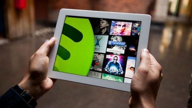 Spotify обвинила Apple внедобросовестной конкурентной борьбе
