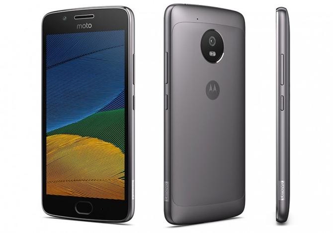 Вглобальной сети появилось описание телефонов Moto G5 иG5 Plus
