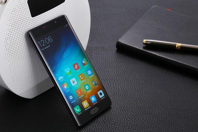 Смартфон Xiaomi MiNote 3 могут анонсировать доконца августа